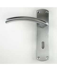 Tres Range - Modern Design Door Handles With Rounded Backplates - Brushed Satin Chrome