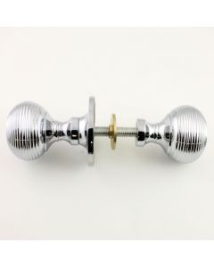 Queen Anne Style Reeded Rim Knob Set - Polished Chrome