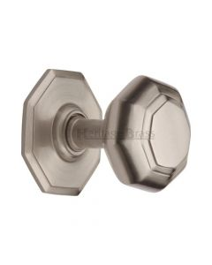 Traditional Centre Door Knob- Satin Nickel