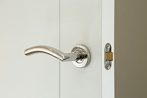 lever-handles-on-rose