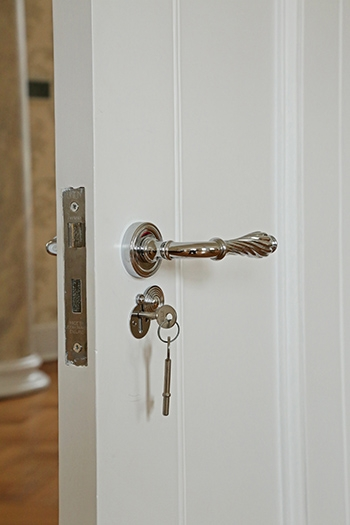 Rim-knob-lever-handles